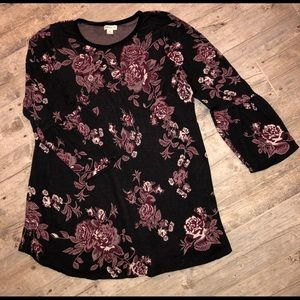 Beautiful floral sweater with bell sleeves
